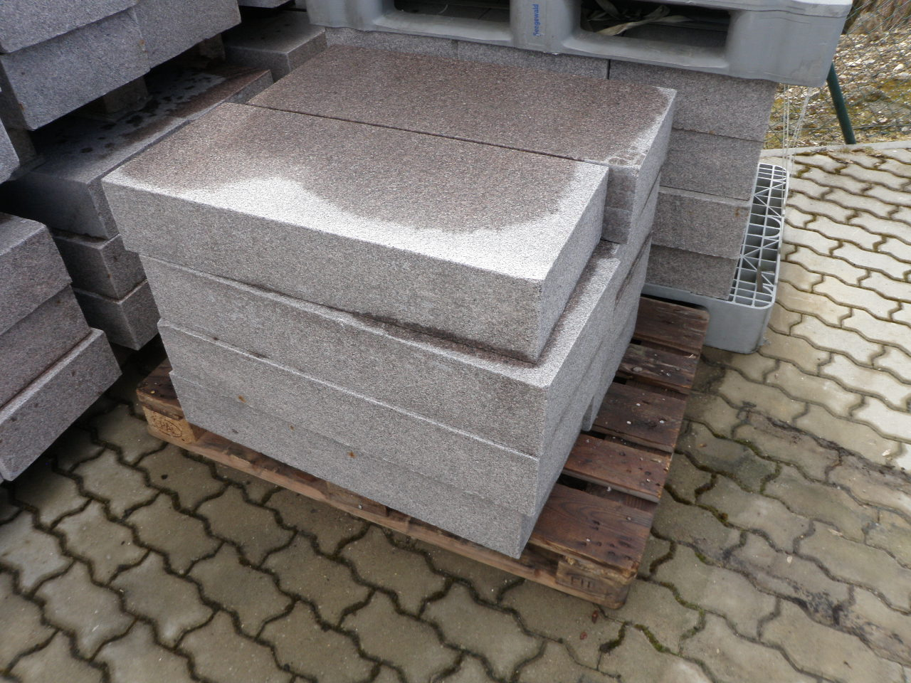 sonder und restposten terrassenplatten. Black Bedroom Furniture Sets. Home Design Ideas